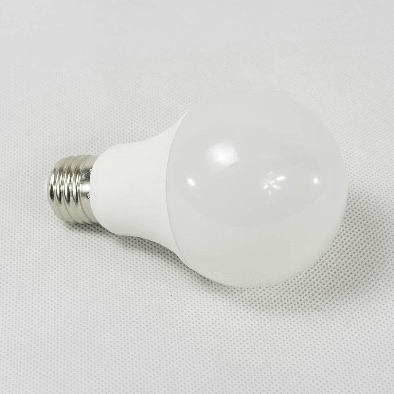 lampe E 27 9w blanc chaud lampe mada